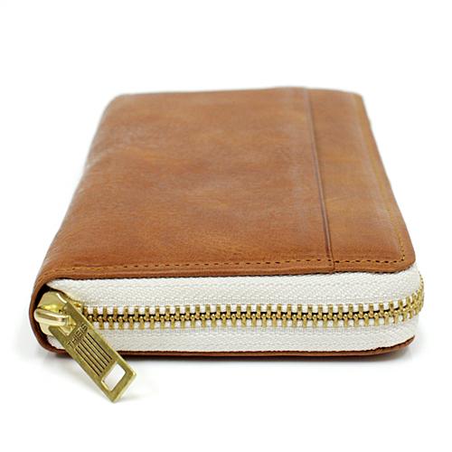 上質な素材の長財布